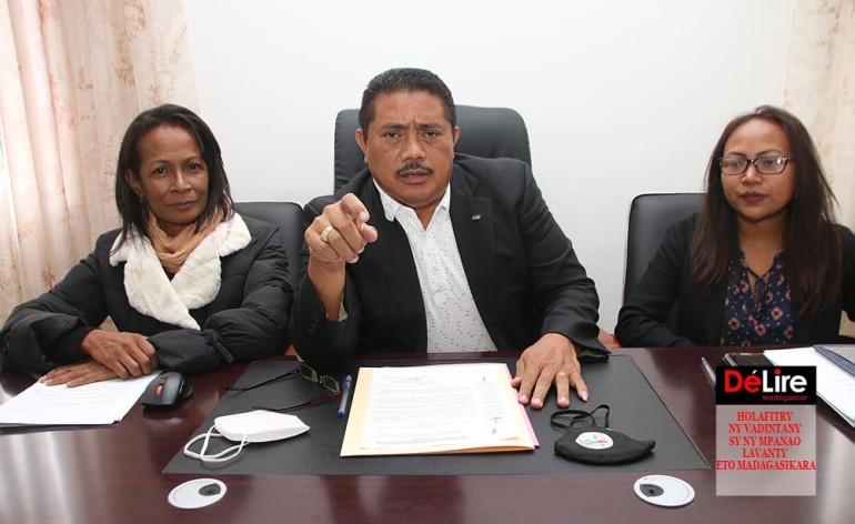 HOLAFITRY NY VADINTANY SY NY MPANAO LAVANTY ETO MADAGASIKARA
